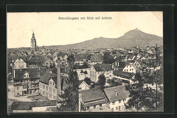 AK Reutlingen, Ortsansicht mit Blick auf Achalm 0