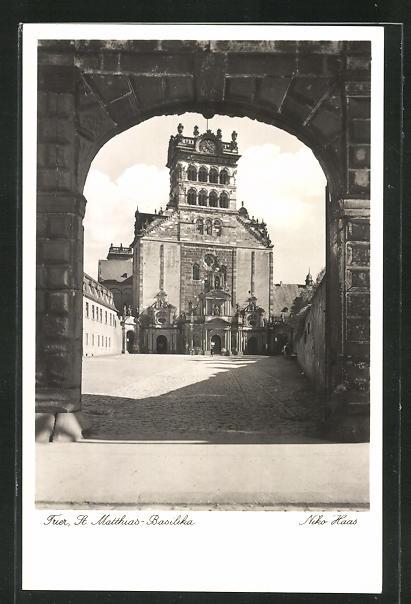 AK Trier, Blick zur St. Matthias-Basilika 0