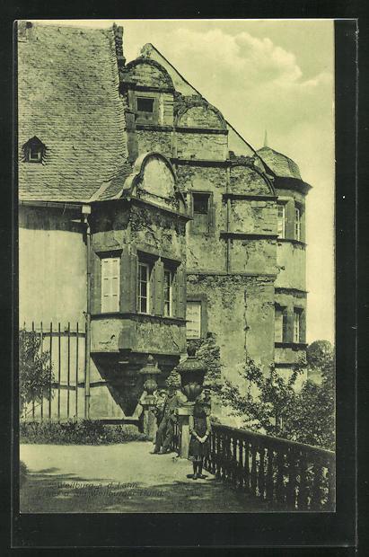 AK Weilburg a.d. Lahn, Schloss mit Erker und der Weilburger Hund 0