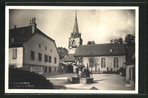 AK La Tour de Peilz, L`Eglise et la Place 0