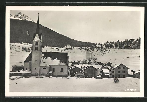 Foto-AK Savognin, Motiv mit Kirche im Winter 0