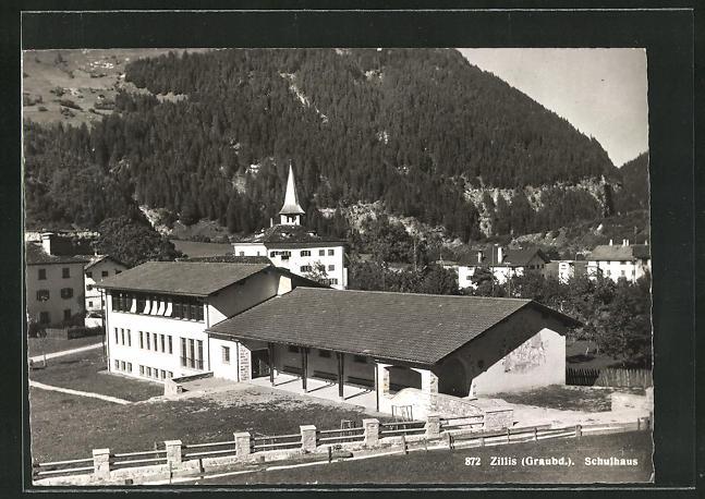AK Zillis / Graubd., Schulhaus 0