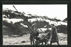AK Schweizer Soldaten mit Kanone im verschneiten Gebirge