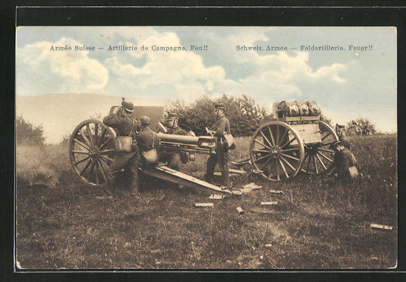 AK Schweizer Armee, Feldartilleriesoldaten in Uniformen mit Geschütz, Feuer!! 0