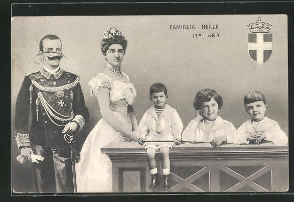 AK Famiglia Reale Italiana 0