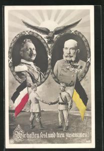 AK Kaiser Franz Josef I. von Österreich und Kaiser Wilhelm II., Zweibund-Soldaten reichen sich die Hände