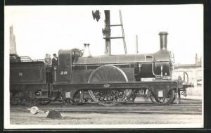 Foto-AK englische Eisenbahn Kennung 39 mit Zugführer