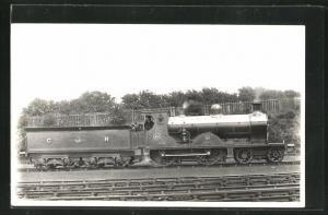 Foto-AK englische Eisenbahn der CR no. 894 mit Lokführer