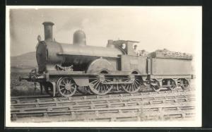 AK englische Eisenbahn, 2180, Perseverance, Lokomotive mit Tender und Zugführer