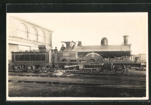 AK englische Eisenbahn, 1301, Teutonic, Lokomotive mit Tender und Zugführer