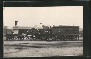 AK englische Eisenbahn, No. 8, G N R, Lokomotive mit Zugführer und Kohlentender