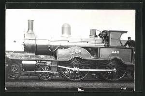 AK englische Eisenbahn, 448, L S W R, Lokomotive mit Zugführer