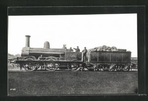 AK englische Eisenbahn mit Kennung 130 und Lokführern