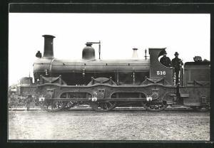 AK Englische Eisenbahn No. 516 auf dem Bahnhofsgelände