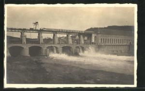 AK Rheinsfelden, Blick vom Flussufer auf die Brücke