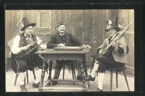 Foto-AK Älpler beim Musizieren mit Zither, Fiedel und Gitarre