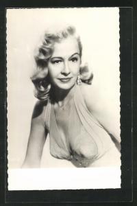 AK Schauspielerin Marilyn Maxwell im Abendkleid