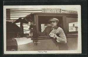 AK Schauspieler Harry Piel im Automobil