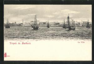 AK Tripoli, La Ville, Schiffe vor der Stadt