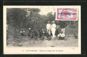 AK Haut-Oubangui, Palabre au Village chez les Bandas