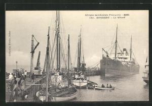 AK Konakry, Le Wharf, Segelschiffe und Dampfer liegen am Kai