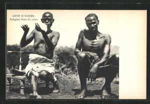 AK Cote D'Ivoire, Indigénes filant du coton