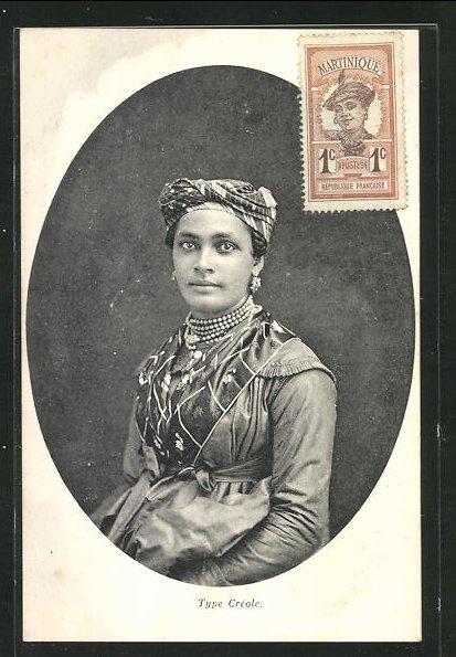 AK Guadeloupe, Type Creole, elegante Frau mit Kopfbedeckung, Schmuck und Kleid 0