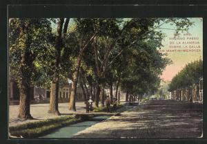 AK Mendoza, Antiguo Paseo de la Alameda sobre la calle San Martin