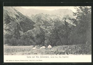AK Valle del Rio Jeinemeni, Blick ins Tal mit Gebirgskette