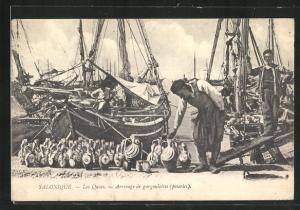 AK Salonique, Les Quai, Arrivage de gargoulettes