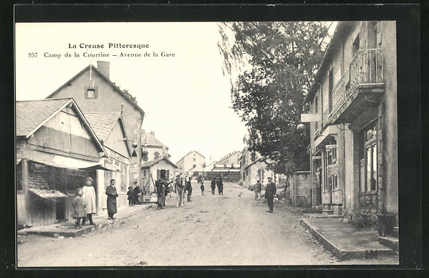 AK Camp de la Courtine, Avenue de la Gare 0