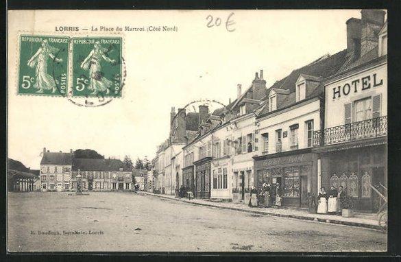AK Lorris, La Place du Martroi 0