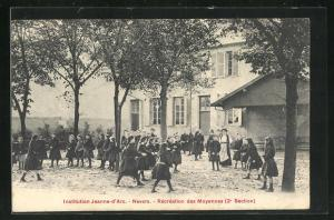 AK Nevers, Institution Jeanne-d`Arc, Recreation des Moyennes 2e Section