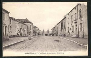 AK Juzennecourt, La Route direction de Colombey, Häuserzeilen