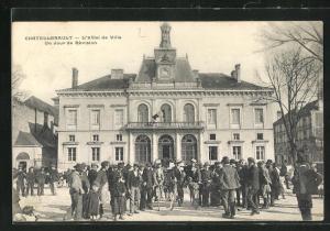 AK Chatellerault, L`Hotel de Ville, Un Jour de Revision