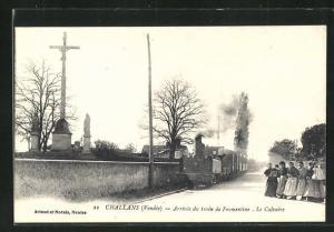 AK Challans, Arrivee du train de Fromentine, Le Calvaire