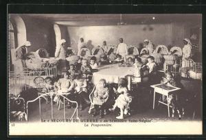 AK Issy-les-Moulineaux, Le Secours de Guerre au Seminaire Saint-Sulpice, La Pouponniere