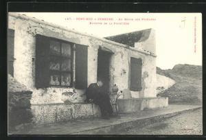 AK Port-Bou, Au Repos des Pyrenees, Buvette de la Frontiere
