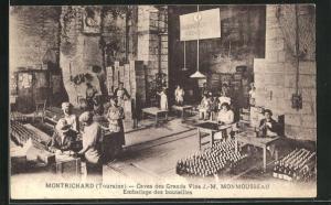 AK Montrichard, Caves des Grands Vins J.-M. Monmousseau, Emballage des bouteilles