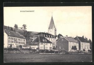 AK Montbenoit, Blick auf Kirchturm und Häuser