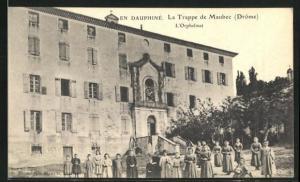 AK Maubec, Dauphine, La Trappe, L`Orphelinat