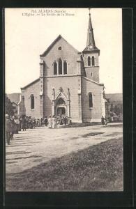 AK Albens, L`Eglise-La Sortie de la Messe