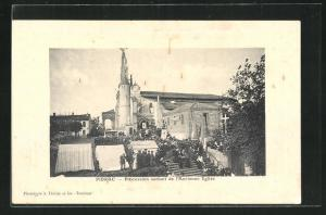 AK Pibrac, Procession sortant de l`Ancienne Eglise