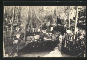 AK Ile-d`Yeu, Coin du Port après une rentrèe de peche