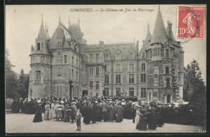 AK Combreux, Le Chateau un Jour de Pelerinage