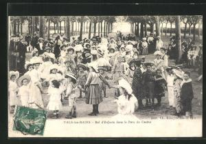 AK Vals-les-Bains, Bal d`Enfants dans le Parc du Casino