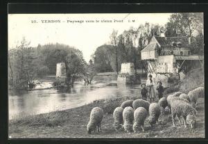 AK Vernon, Paysage vers le vieux Pont