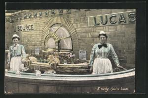 AK Vichy, Source Lucas, Verkäuferinnen an der Theke