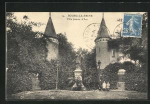 AK Bourg-la-Reine, Villa Jeanne d`Arc et Statue