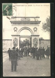AK Rochefort-sur-Mer, La Porte de l`Arsenal